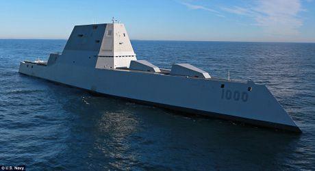 Can canh 'chien ham sieu tuong' USS Zumwalt vua gia nhap Hai quan My - Anh 10