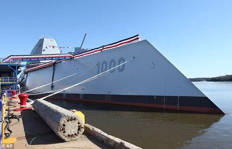 Can canh 'chien ham sieu tuong' USS Zumwalt vua gia nhap Hai quan My - Anh 12