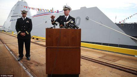 Can canh 'chien ham sieu tuong' USS Zumwalt vua gia nhap Hai quan My - Anh 23