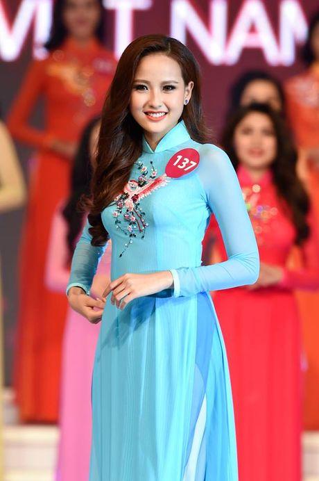Khanh Ngan: 'Toi khong muon cu bi gan voi ten Pham Huong' - Anh 4