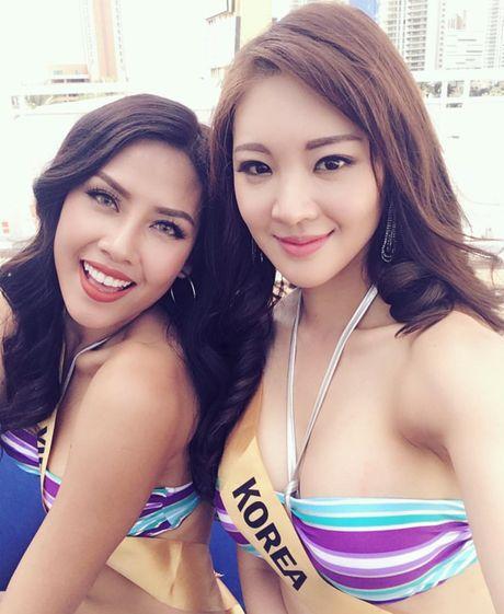 Nguyen Thi Loan tiet lo ly do khong dien het minh voi bikini - Anh 5