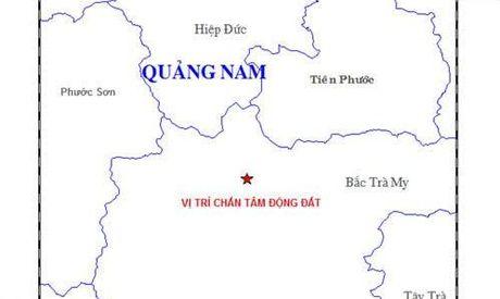 Hai tran dong dat lien tiep tai Quang Nam - Anh 1