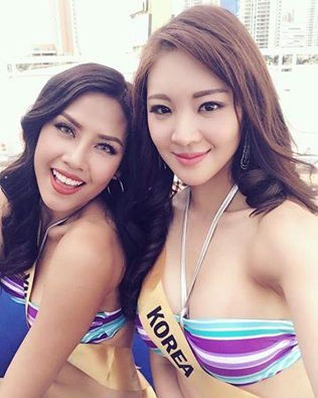 Nguyen Thi Loan trinh dien bikini nong bong tai Miss Grand Internation - Anh 8
