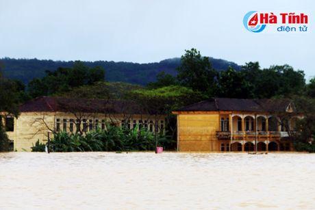 Ha Tinh: Lu Ngan Sau xuong, lu Ngan Pho va song La len - Anh 1