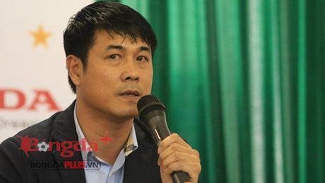 HLV Huu Thang va doc chieu tam ly o DT Viet Nam - Anh 1