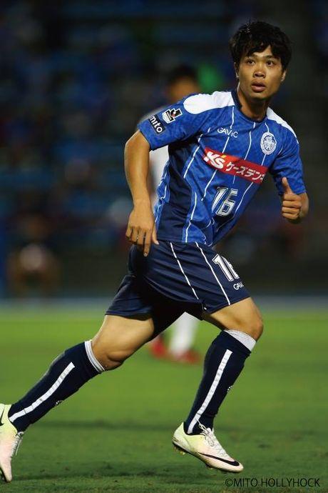 Cong Phuong chi duoc thi dau 10 phut, Mito Hollyhock hoa Yokohama FC tren san nha - Anh 1