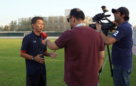 HLV Hoang Anh Tuan tu tin truoc tran gap U.19 UAE - Anh 1