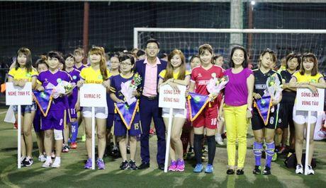 CDV Song Lam chung tay huong ve mien Trung ruot thit - Anh 2