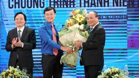 Thu tuong Nguyen Xuan Phuc: 'Thanh nien khoi nghiep neu that bai cung dung nan chi' - Anh 1