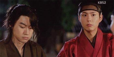 Moonlight: Diem mat bo ba nam tu lam say long thieu nu - Anh 6
