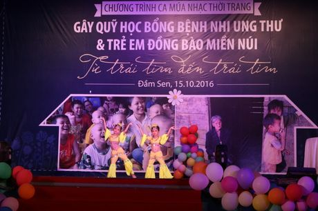 Tre song sinh ca hat gay quy ung ho benh nhi ung thu - Anh 6