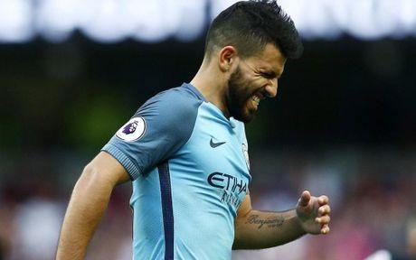 Va bay gio, Aguero da tro thanh Messi - Anh 3