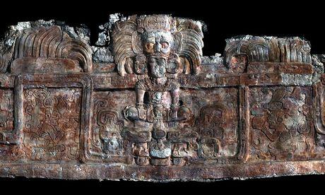 Phat hien 2 ngoi mo co thuoc nen van minh Maya tai Guatemala - Anh 1