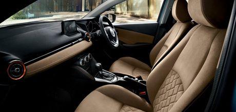 Mazda tung ra phien ban nang cap cua cap doi Mazda2 va CX-3 - Anh 10