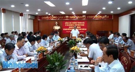 Bi thu Thanh uy Hoang Trung Hai lam viec voi quan Hoang Mai - Anh 1