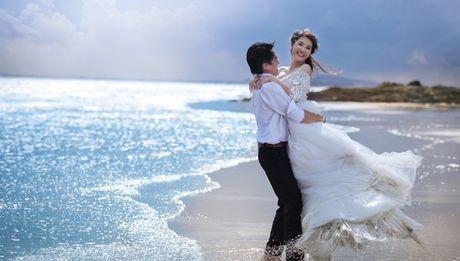 O tuoi 41, Cao Minh Dat van chup anh cuoi lang man nhu phim Han - Anh 1