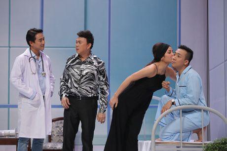 """Ky tai thach dau: Hua Vi Van am chi Tran Thanh """"mac benh"""" vi Hari Won - Anh 4"""