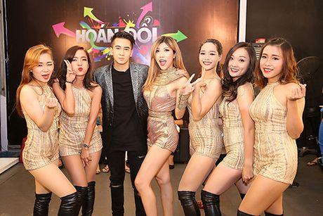 Trang Phap lieu mang mua ghe tren cao 5m ma khong can day bao ho - Anh 7