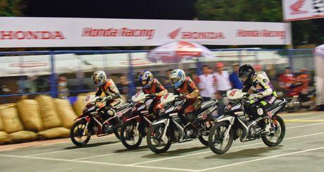 Honda Viet Nam dong hanh cung su phat trien cua dua xe the thao trong nuoc - Anh 2