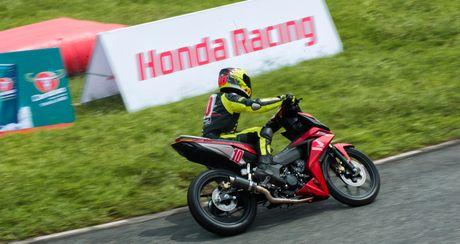 Honda Viet Nam dong hanh cung su phat trien cua dua xe the thao trong nuoc - Anh 7