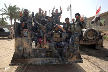 Iraq va dong minh tong tan cong IS giai phong Mosul - Anh 4