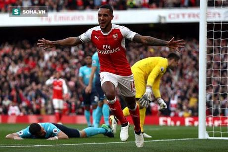 Theo Walcott - Arsenal: Nao minh cung nhau lam 'nguoi lon' - Anh 2