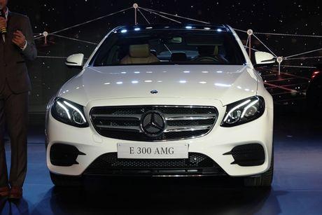 Mercedes-Benz E-class the he moi ve Viet Nam co gi noi bat? - Anh 3