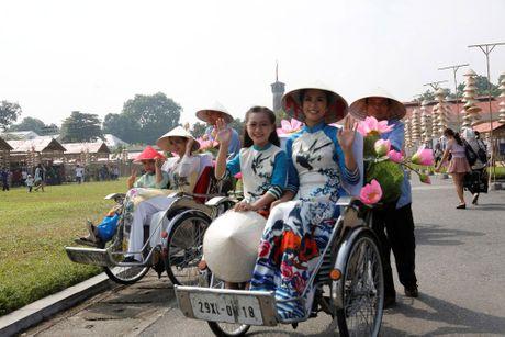 An tuong Festival ao dai Ha Noi 2016 - Anh 16