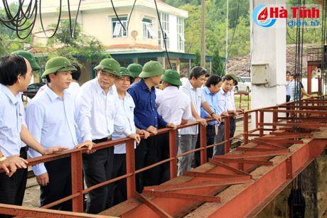 Bo truong Bo NN&PTNT: Khong de bat cu mot nguoi dan nao doi khat - Anh 6
