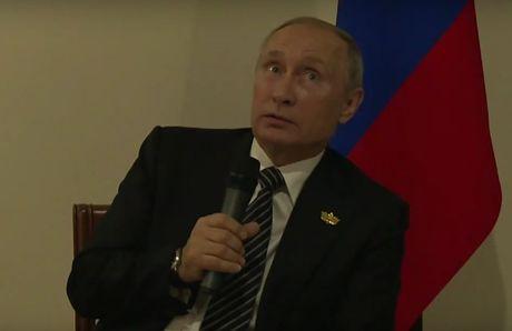 Tong thong Putin do tai tinh bao My lam... mat dien phong hop bao - Anh 1