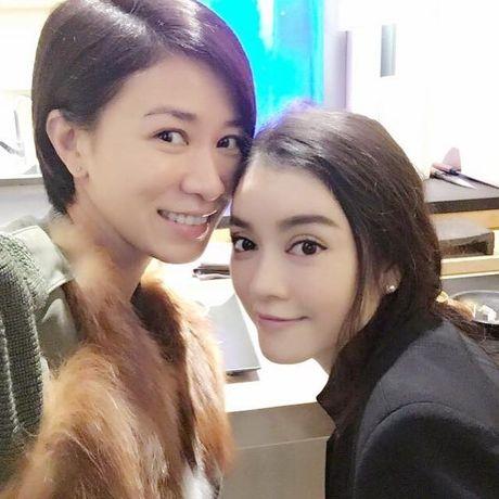 Nguoi dep TVB Xa Thi Man bat ngo khoe anh than thiet ben Ly Nha Ky - Anh 2