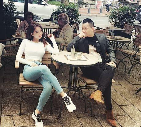 Ngoc Trinh se trao vuong mien cho Tan Hoa hau Han Quoc - Anh 2