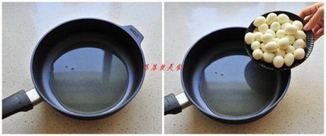 15 phut lam mon trung cut sot ca chua ngon kho cuong - Anh 2