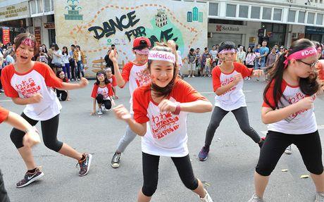 'Dance for Love': Tu do, binh dang va yeu thuong - Anh 1