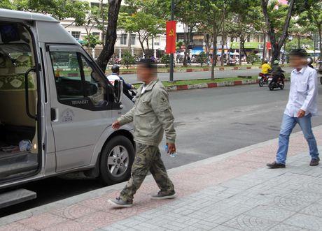 Nguoi tu Tra Vinh da len Sai Gon nhan tien trung so 83 ti dong? - Anh 1