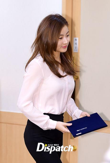 Park Min Young tro lai dep ruc ro, lan at loat nguoi dep dang dep tai su kien - Anh 10