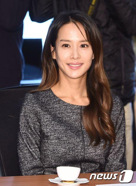 Park Min Young tro lai dep ruc ro, lan at loat nguoi dep dang dep tai su kien - Anh 13