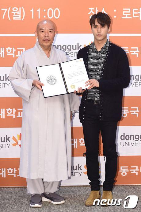 Park Min Young tro lai dep ruc ro, lan at loat nguoi dep dang dep tai su kien - Anh 14