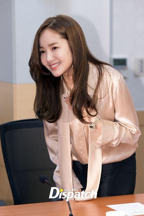 Park Min Young tro lai dep ruc ro, lan at loat nguoi dep dang dep tai su kien - Anh 1