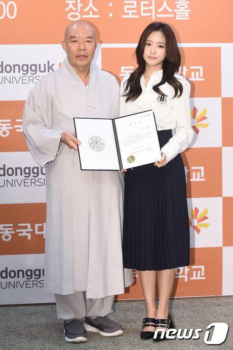 Park Min Young tro lai dep ruc ro, lan at loat nguoi dep dang dep tai su kien - Anh 6