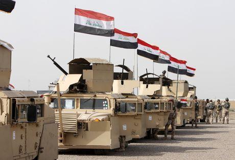 Quan doi Iraq tap ket chuan bi tan cong Mosul - Anh 1