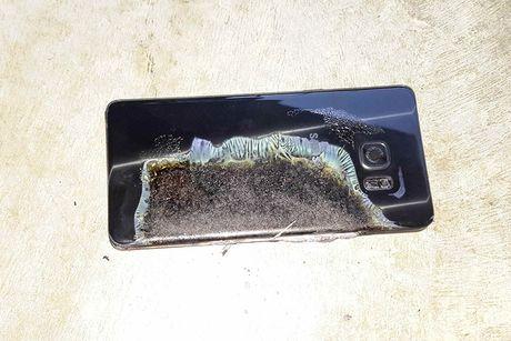 Nhung con ac mong lien tiep cua Samsung - Anh 1