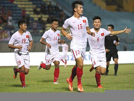 U19 UAE tuyen bo giu nguyen cach choi truoc U19 Viet Nam - Anh 2