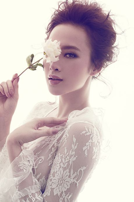 Angela Phuong Trinh quyen ru voi vay ren mong manh cua Do Manh Cuong - Anh 4
