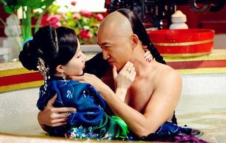 Cay dang nhung ong vua bi 'cam sung' tren man anh Hoa Ngu - Anh 10
