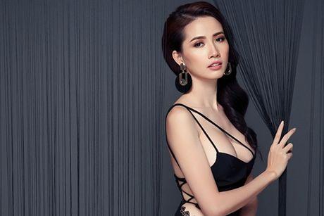 Nguoi dep Phan Thi Mo khoe vong 1 cang day voi mot khong noi y - Anh 1