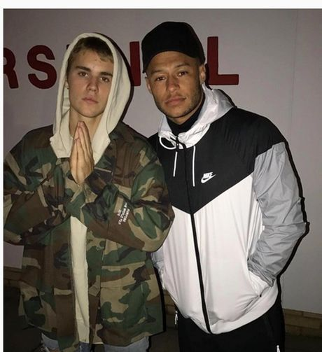 Sao Arsenal hao hung voi Justin Bieber - Anh 1