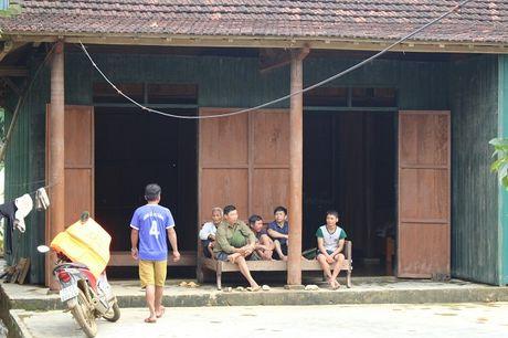 Quang Binh: Tan Hoa tan hoang sau lu du - Anh 4