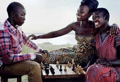 Lupita Nyong'o ruc ro sac mau o Kenya - Anh 3
