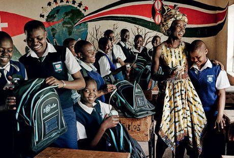 Lupita Nyong'o ruc ro sac mau o Kenya - Anh 7